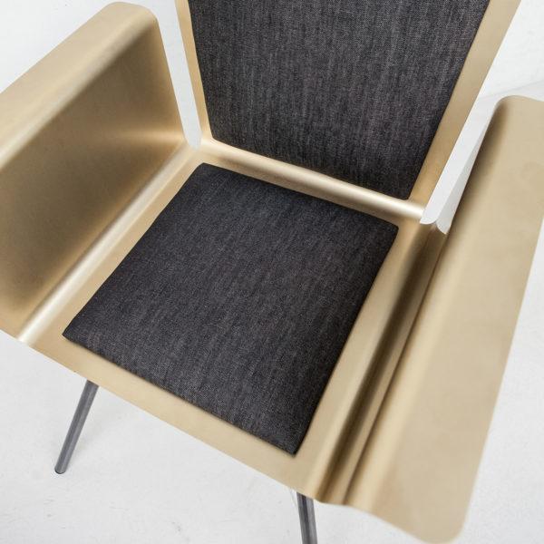 a_chair 01