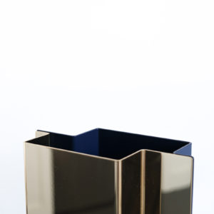 Shift Vase