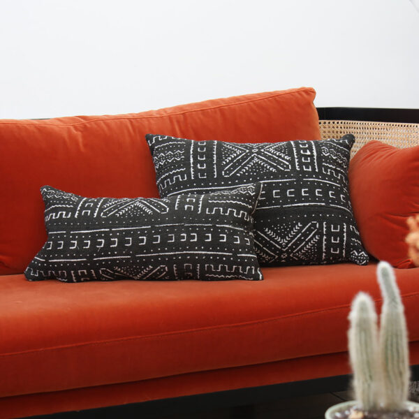 Natif Black Cushion